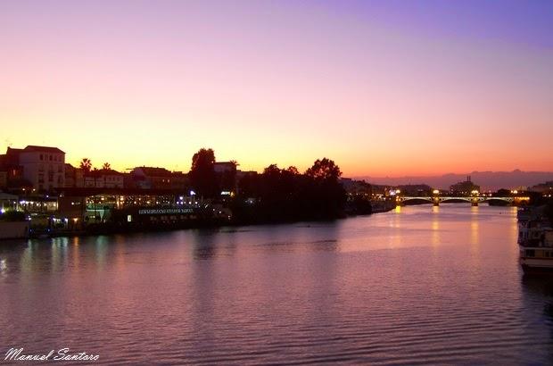 Siviglia, tramonto sul fiume Guadalquivir