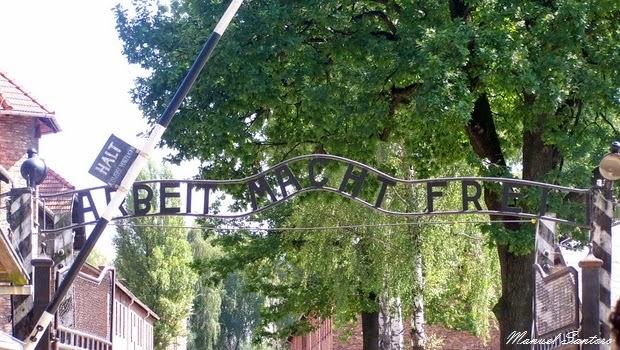 Auschwitz, Arbreit Macht Frei