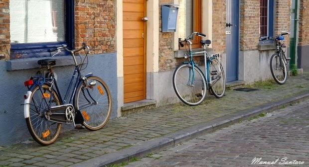 Bruges, un tipico mezzo di trasporto