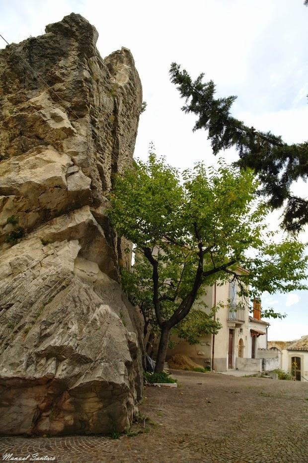 Pietranico, Pietra di Castello