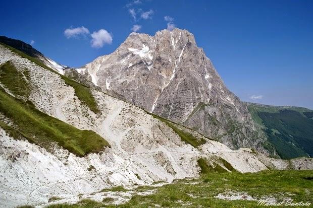 """Vado di Corno, vista sul Corno Grande, """"Paretone"""""""