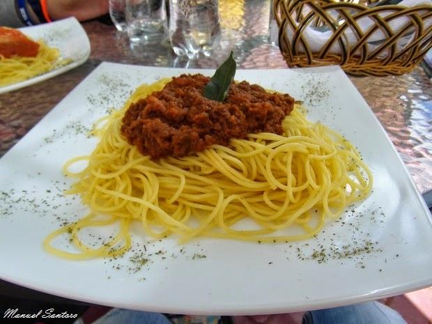 Huaraz, Pizzeria La Rotonda, espagueti a la boloñesa