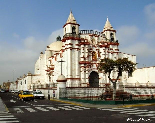 Trujillo, Iglesia y Monasteiro El Carmen