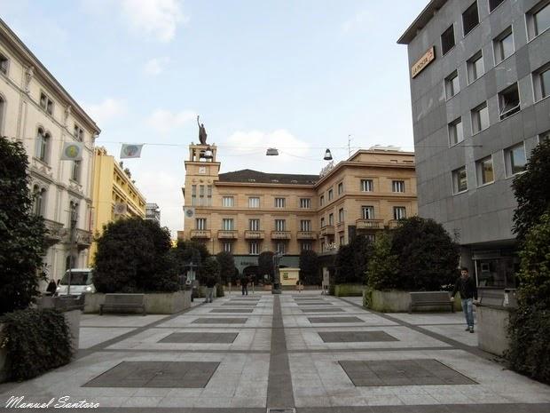 Chiasso, piazza Col Bernasconi
