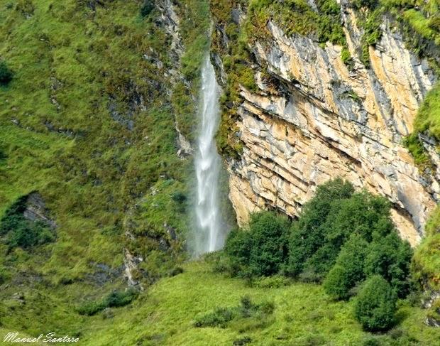 Cascata nei pressi del fiume Kali Gandaki