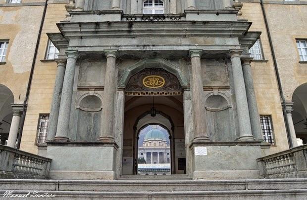 Santuario di Oropa, Porta Regia