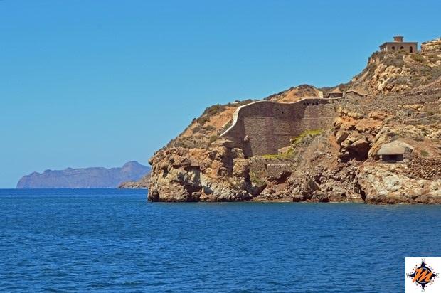Cartagena, barco turistico