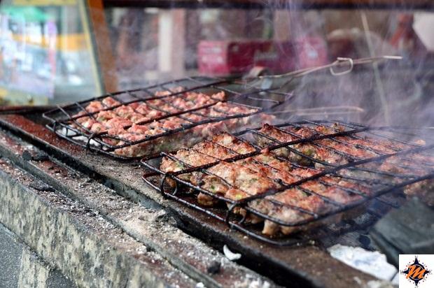 Moulay Idriss, pranzo in una griglieria