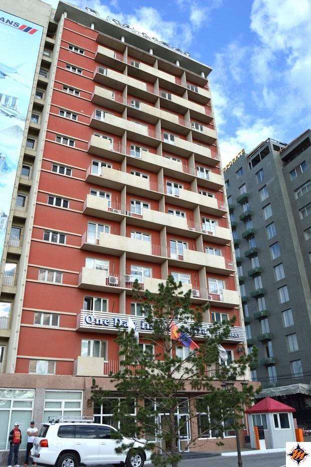 Ulan Bator, Hotel Bayangol