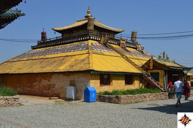 Ulan Bator, monastero di Gandan. Tempio di Ochidara