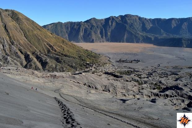 Il Gunung Batok visto dal Gunung Bromo