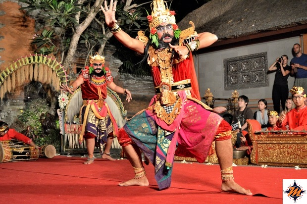 Ubud, Palazzo Reale. Legong Dance & Ramayana