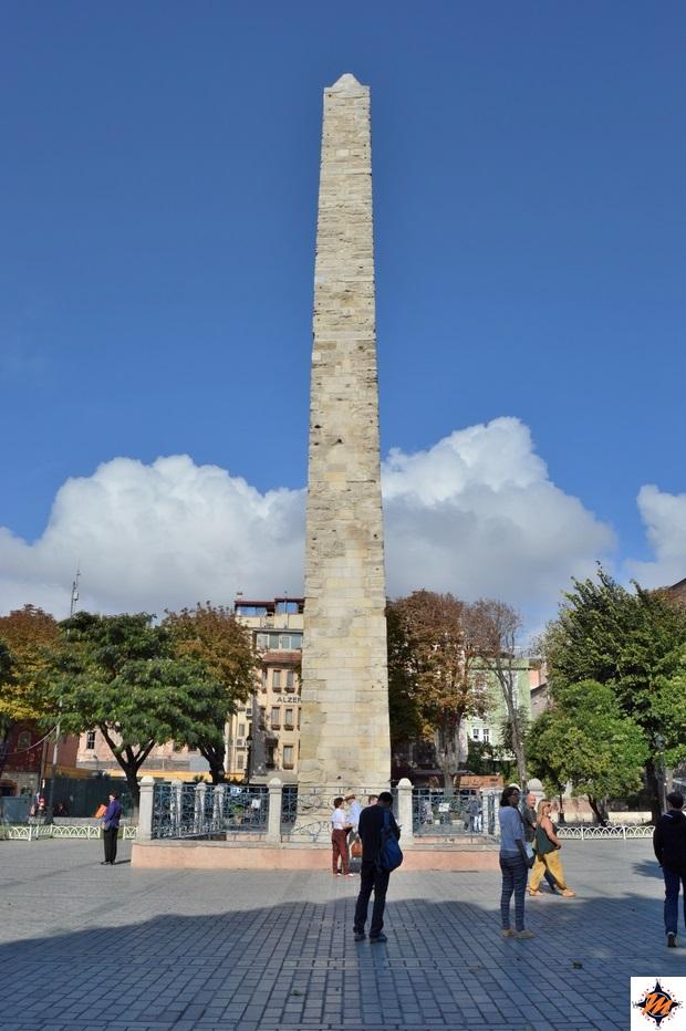 Istanbul, Obelisco di Costantino