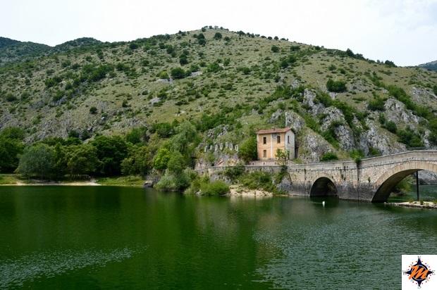 Villalago, lago di San Domenico