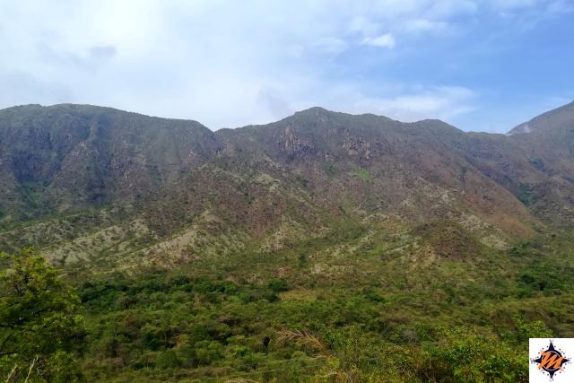 Sentiero per il Cerro Los Aguacates