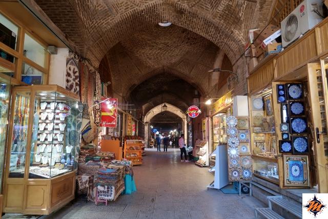 Esfahan, Bazar-e Bozorg