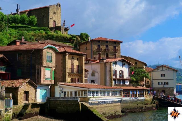 Pasai Donibane, vista verso l'Ermita de Santa Ana