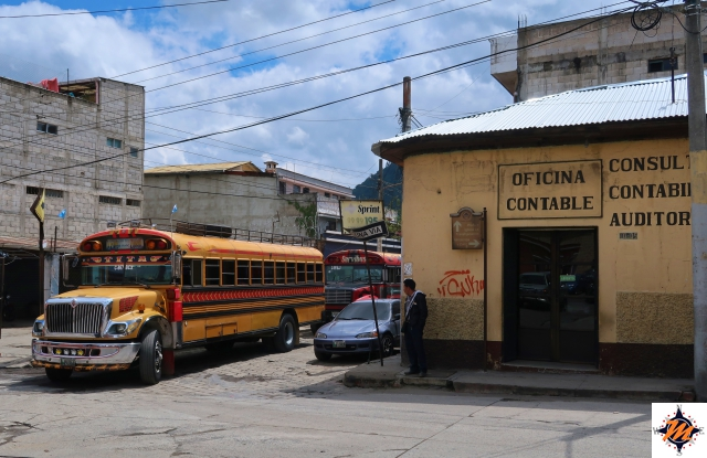 Quetzaltenango, chicken bus