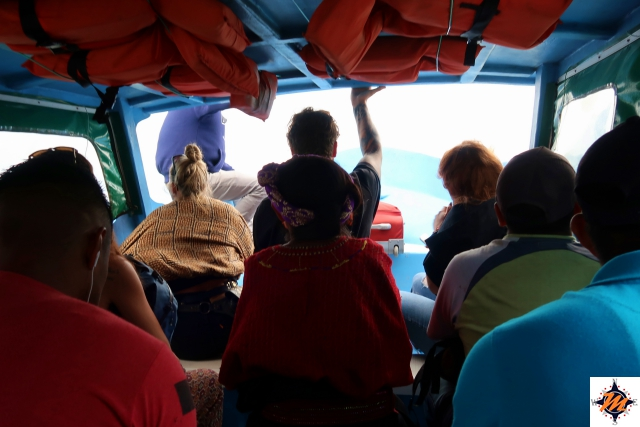 In barca verso Santa Cruz la Laguna