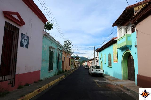El Salvador. Santa Ana, tra le vie del centro