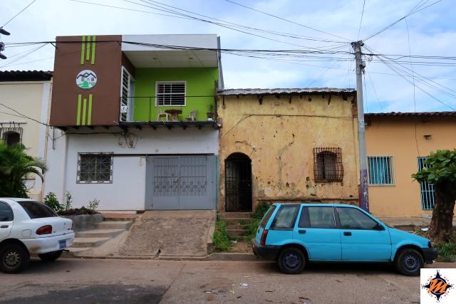 El Salvador. Santa Ana, Casa Blanca Tu Casa