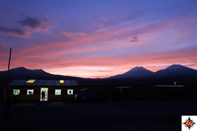 Tramonto nel villaggio di Sajama