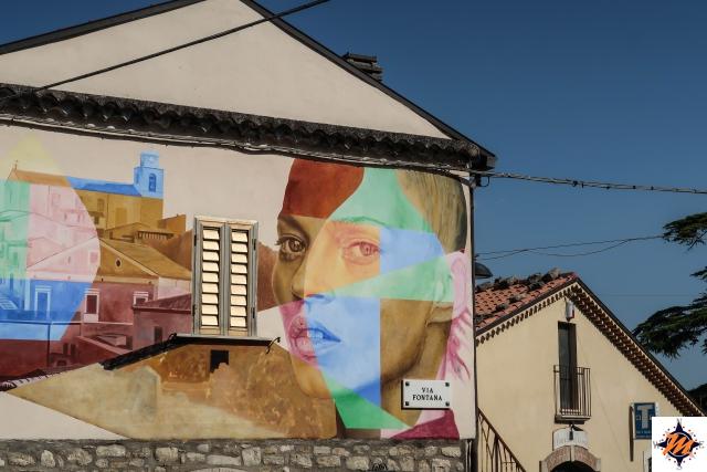 Casalciprano. Murales